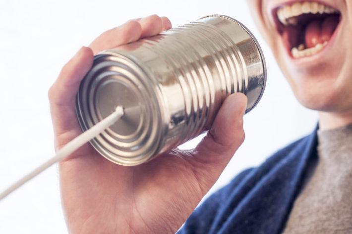 Usługa VoIP – dlaczego zyskuje na popularności?