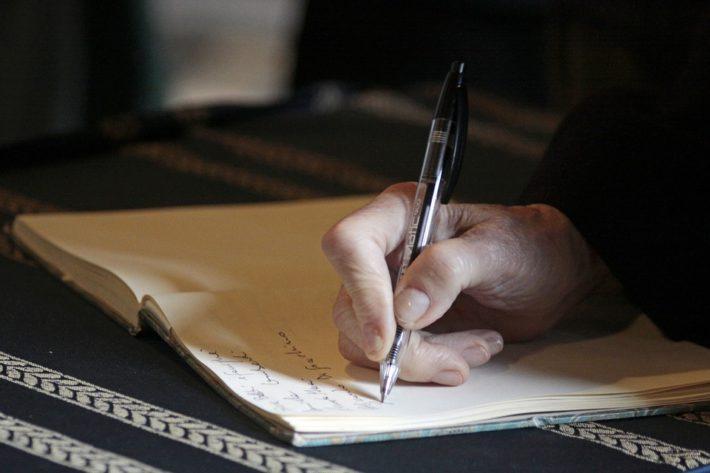 Odrzucenie spadku obciąża krewnych – uwagi w związku z sukcesją