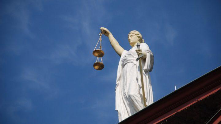 Obowiązek wydania wyroku przez Sąd administracyjny na podstawie akt sprawy