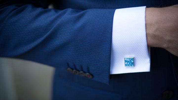 Podatek od służbowego garnituru?